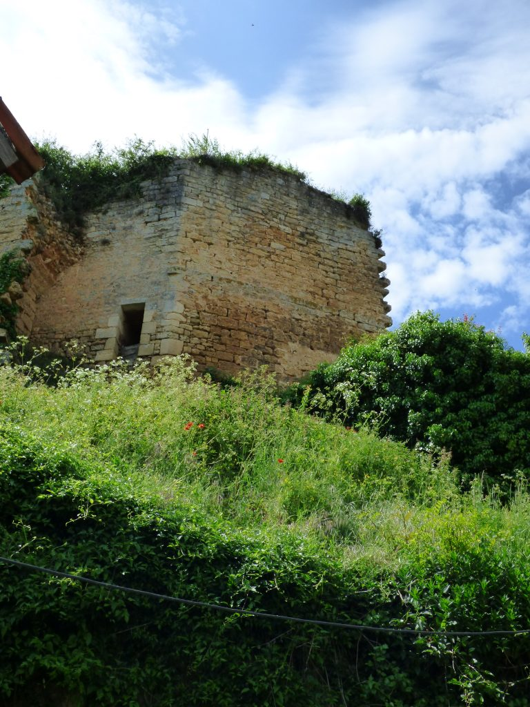 eperon-chateau-larcher